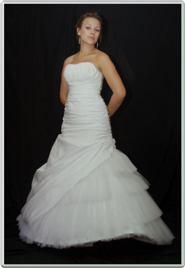Unique brides couture wedding gowns for hire wedding for Rent for wedding dress
